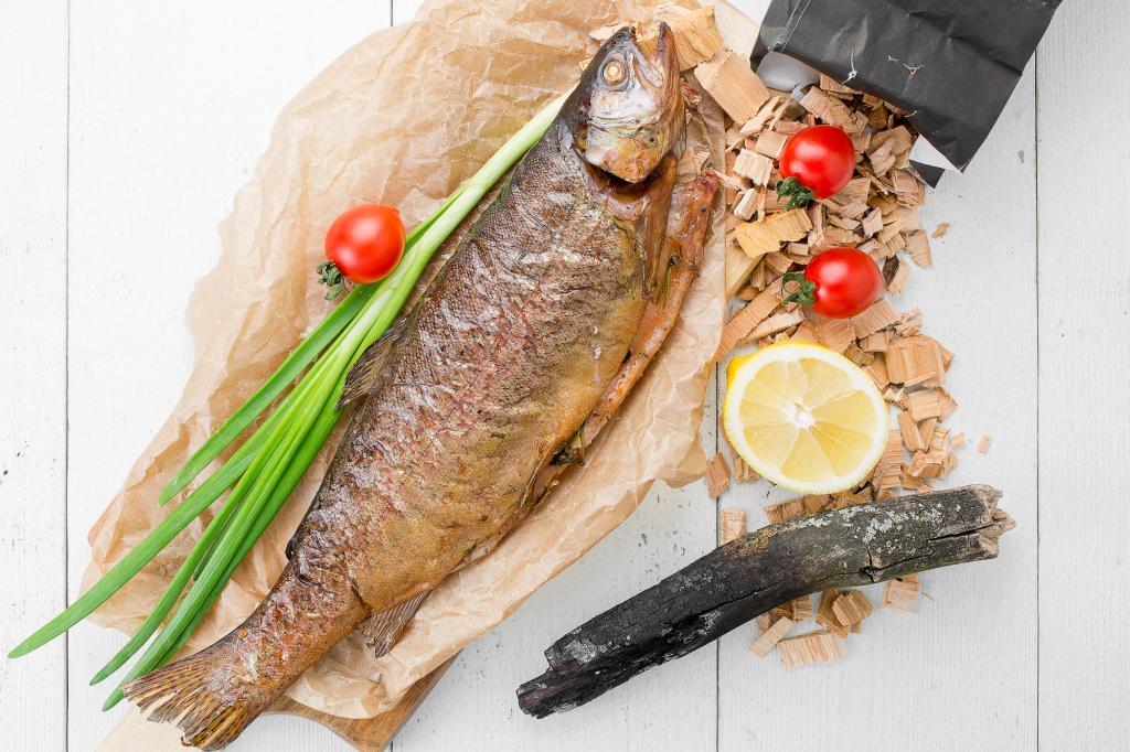 Летнее предложение - свежая рыба собственного копчения